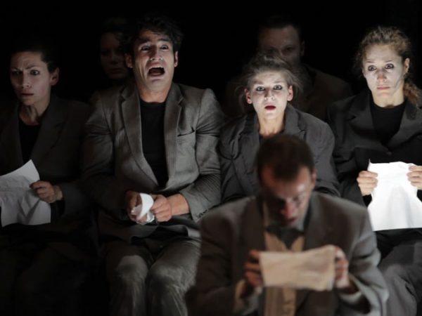 Métamorphosis / École de Théâtre Physique